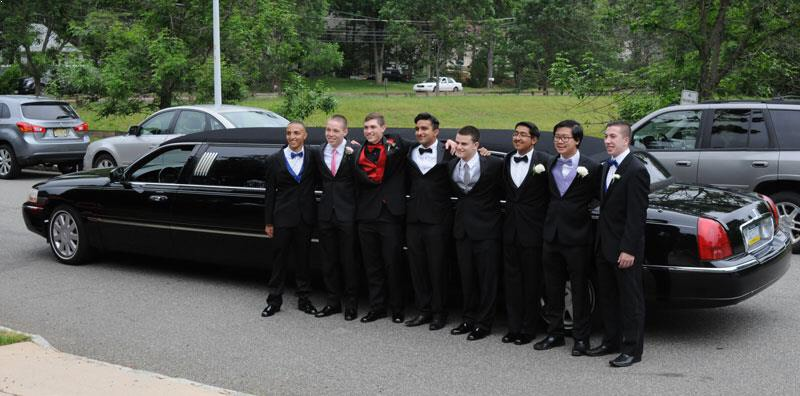 Prom limo in Raleigh NC | Primo Limo